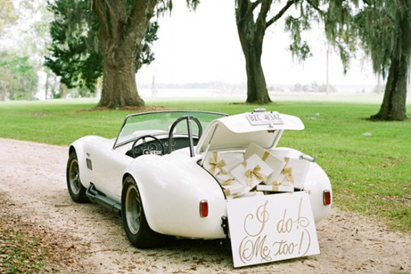 vintage-wedding-car-profile-1